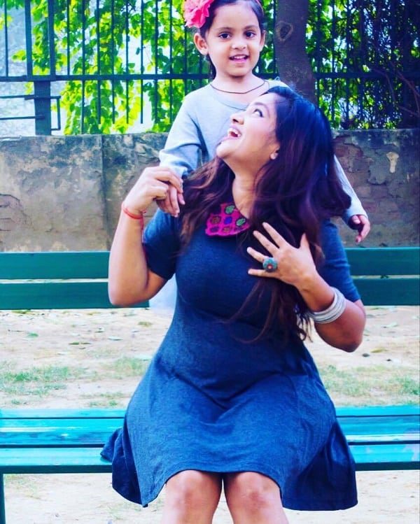 indian-mommie-fashion-blogger